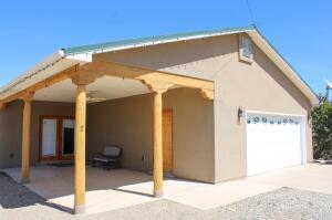 2 HILLTOP Road, Edgewood, NM 87015