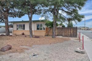 3502-3500 CREST Avenue SE, Albuquerque, NM 87106