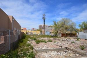 615 IRON Avenue SW, Albuquerque, NM 87102