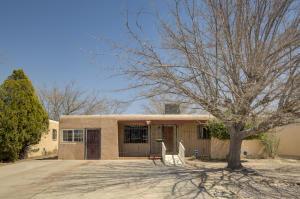 808 GEORGIA Street SE, Albuquerque, NM 87108