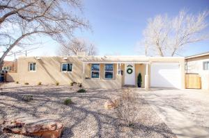 8031 PRINCESS JEANNE Avenue NE, Albuquerque, NM 87110