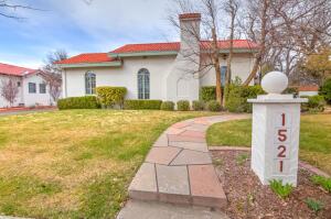 1521 PARK Avenue SW, Albuquerque, NM 87104