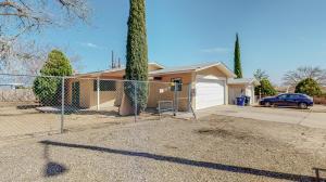 124 59TH Street SW, Albuquerque, NM 87121