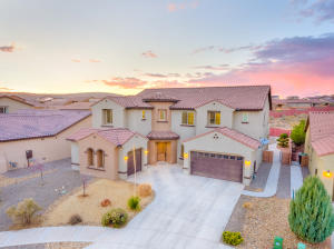 604 Sierra Verde Way NE, Rio Rancho, NM 87124