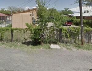 842 GATEWOOD Avenue SW, Albuquerque, NM 87105