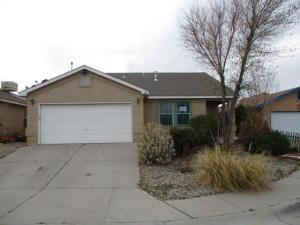 405 MAYFAIR Place SW, Albuquerque, NM 87121