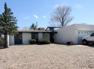 5308 Sooner Trail NW, Albuquerque, NM 87120