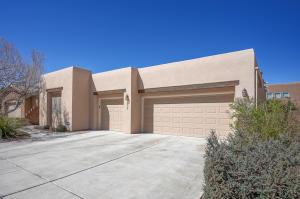 4619 MI CORDELIA Drive NW, Albuquerque, NM 87120
