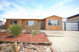 1612 VASSAR Drive SE, Albuquerque, NM 87106