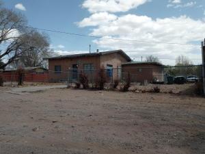 2430 FOOTHILL Road SW, Albuquerque, NM 87105