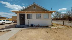 2500 Foothill Road SW, Albuquerque, NM 87105