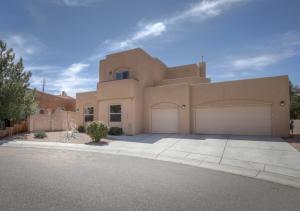 8420 RISING STAR Place NE, Albuquerque, NM 87122