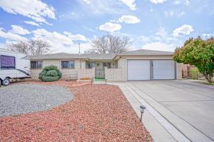 6312 BUENOS AIRES Place NW, Albuquerque, NM 87120