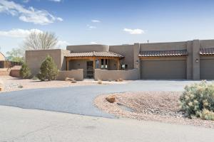 9124 OAKLAND Avenue NE, Albuquerque, NM 87122