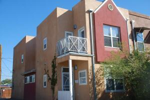 1020 6TH Street NW, Albuquerque, NM 87102