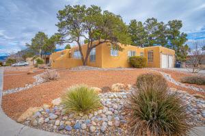 8620 Plymouth Rock Rd NE, Albuquerque, NM 87109