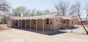 2106 Anthony Place SW, Albuquerque, NM 87105