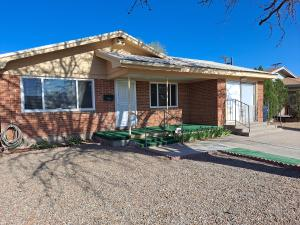 1120 KENTUCKY Street SE, Albuquerque, NM 87108