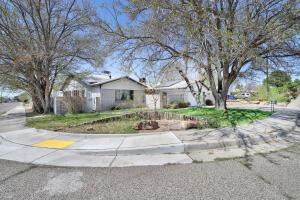 2903 General Stillwell Street NE, Albuquerque, NM 87111