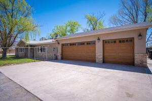 6302 ALVIS Road SW, Albuquerque, NM 87105