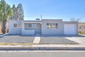 3131 SOLANO Drive NE, Albuquerque, NM 87110