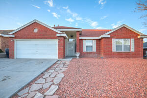 8105 CREEKWOOD Avenue NW, Albuquerque, NM 87120