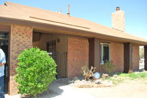 501 PARKSIDE Place SE, Albuquerque, NM 87123