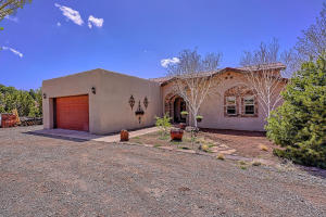 14 RED HAWK Road, Tijeras, NM 87059