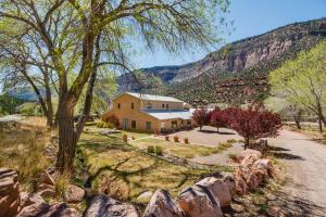 16441 HIGHWAY 4, Jemez Springs, NM 87025