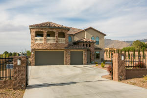 9519 OAKLAND Avenue NE, Albuquerque, NM 87122