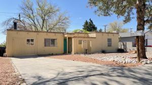 1913 HAMLET Court NE, Albuquerque, NM 87112