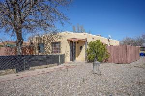 1518/1516 CARLISLE Boulevard SE, Albuquerque, NM 87106