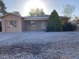 808 ADAMS Street NE, Albuquerque, NM 87110
