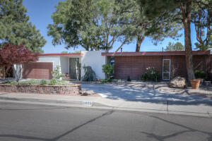 7625 SPRING Avenue NE, Albuquerque, NM 87110
