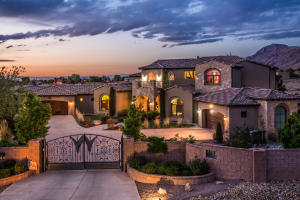 9701 SIGNAL Avenue NE, Albuquerque, NM 87122