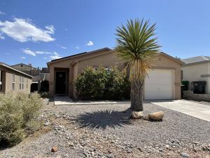 2132 Sagecrest Loop NE, Rio Rancho, NM 87144