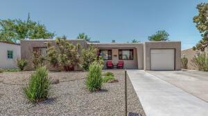 1849 Florida Street NE, Albuquerque, NM 87110