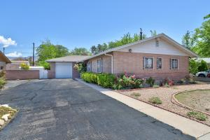 2732 VIRGINIA Street NE, Albuquerque, NM 87110