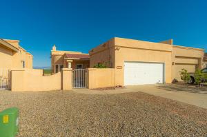 5244 LA COLONIA Drive NW, Albuquerque, NM 87120