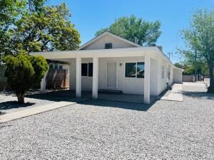 1112 IRON Avenue SW, Albuquerque, NM 87102