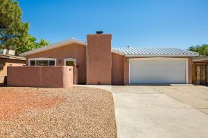 1335 CHEROKEE Road NW, Albuquerque, NM 87107