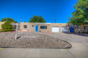 206 MORNINGSIDE Drive NE, Albuquerque, NM 87108