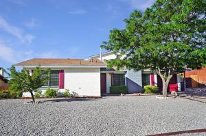 1740 FRAN Place SE, Rio Rancho, NM 87124