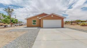 5504 MURCHISON Avenue SW, Albuquerque, NM 87121