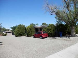 1825 ALVARADO Drive NE, Albuquerque, NM 87110