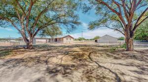 545 S Bosque Loop, Bosque Farms, NM 87068