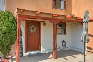 166 Sandia View Road, Corrales, NM 87048