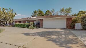 6312 Mitchell Road SE, Albuquerque, NM 87108