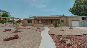 1405 PRINCETON Drive NE, Albuquerque, NM 87106