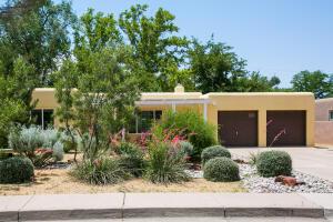 3812 CALLE DEL MONTE NE, Albuquerque, NM 87110